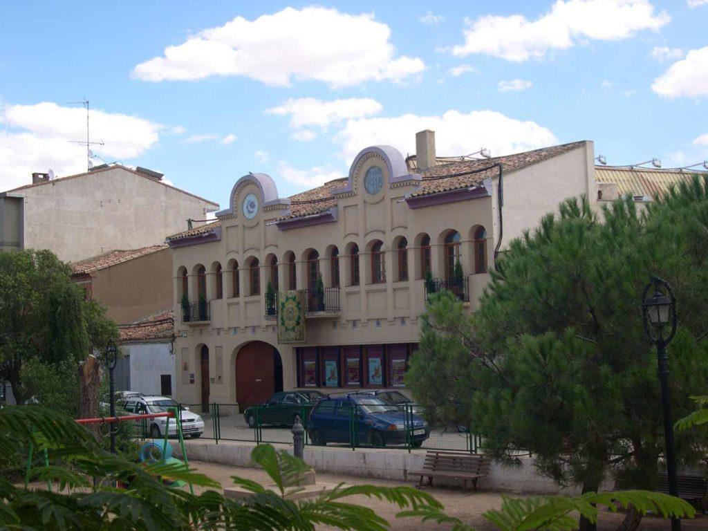 Cruce De Caminos Museo Del Vino Cariñena